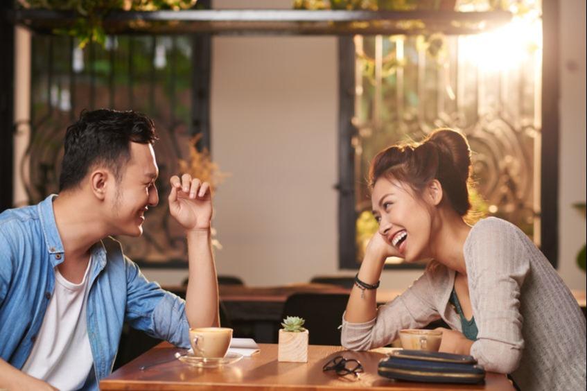 Jarang Diketahui, Ini 5 Hal yang Terjadi Saat Pria Jatuh Cinta - Womantalk