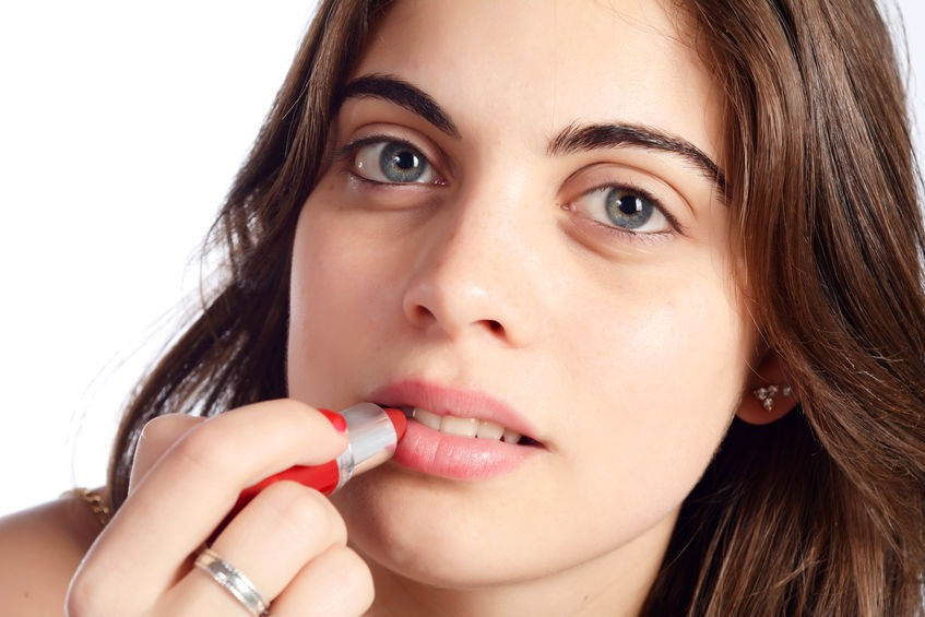 PREMIUM BEAUTIFUL: warna lipstick mengikut kulit gelap