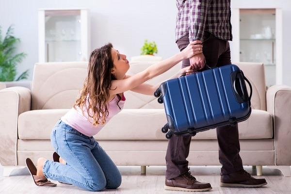 3 Alasan Utama Pria Meninggalkan Perempuan Yang Sangat Dicintainya Womantalk
