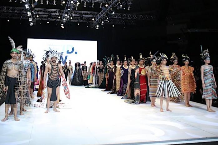 Tetap Digelar, Indonesia Fashion Week 2020 Akan Hadir dengan Format Virtual  - Womantalk