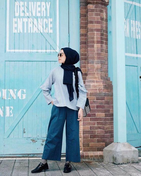 8 Tips Padu Padan Celana Kulot Jeans Dan Hijab Simpel Womantalk