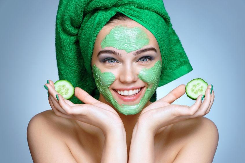 10 Masker Alami Sebelum Tidur Untuk Mencerahkan Wajah Kusam Womantalk