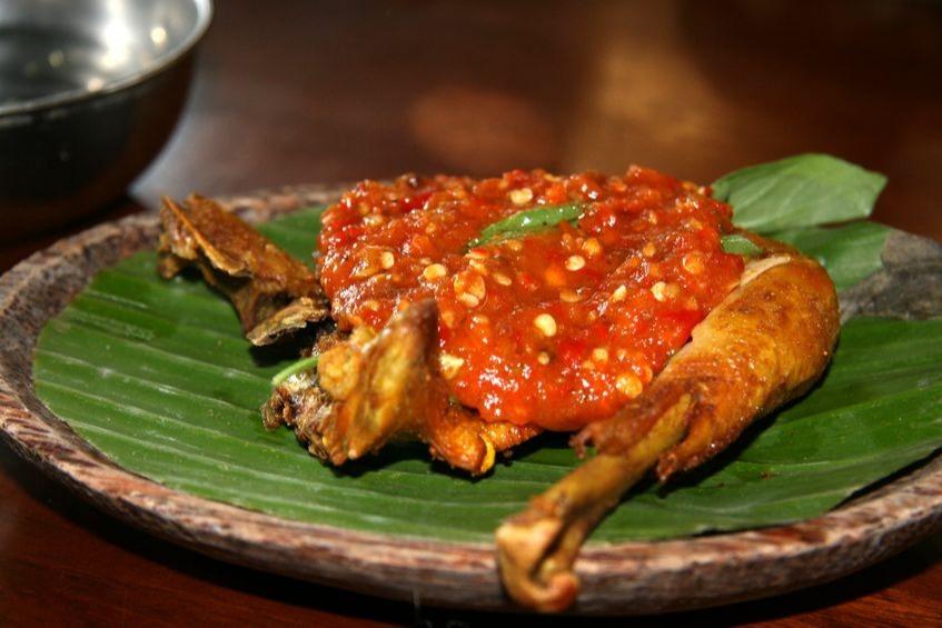 Suka Makan Nasi Ayam Geprek Ketahui Kandungan Kalori Makanan Ini