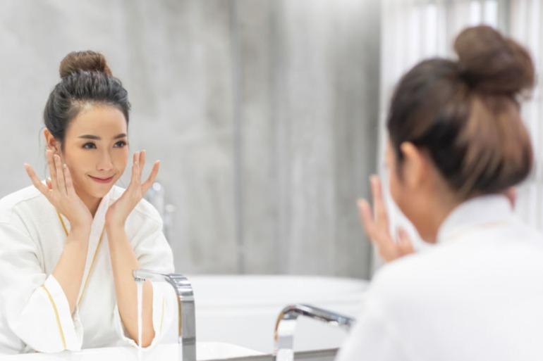 6 Cara Merawat Wajah Di Rumah Dengan Mudah Dan Praktis Womantalk