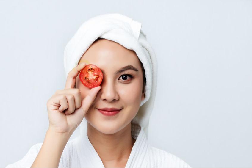 5 Masker Buatan Sendiri Yang Efektif Termasuk Masker Tomat Dan Jeruk Nipis Womantalk
