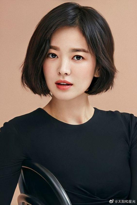 8 Gaya Rambut Pendek Ala Selebriti Korea Yang Bikin Wajah Awet Muda Womantalk