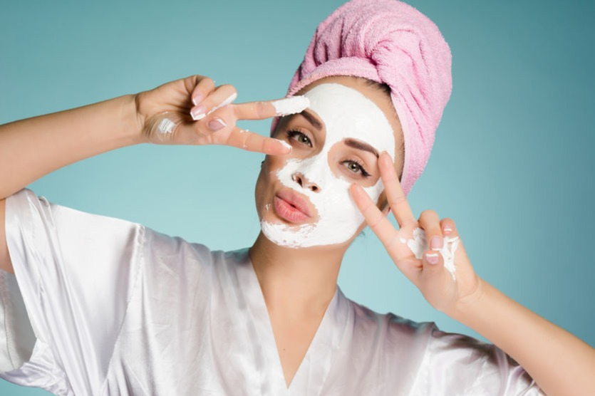 Cara Menggunakan Masker Tepung Beras Yang Benar Untuk Wajah Cerah Dan Kencang Womantalk